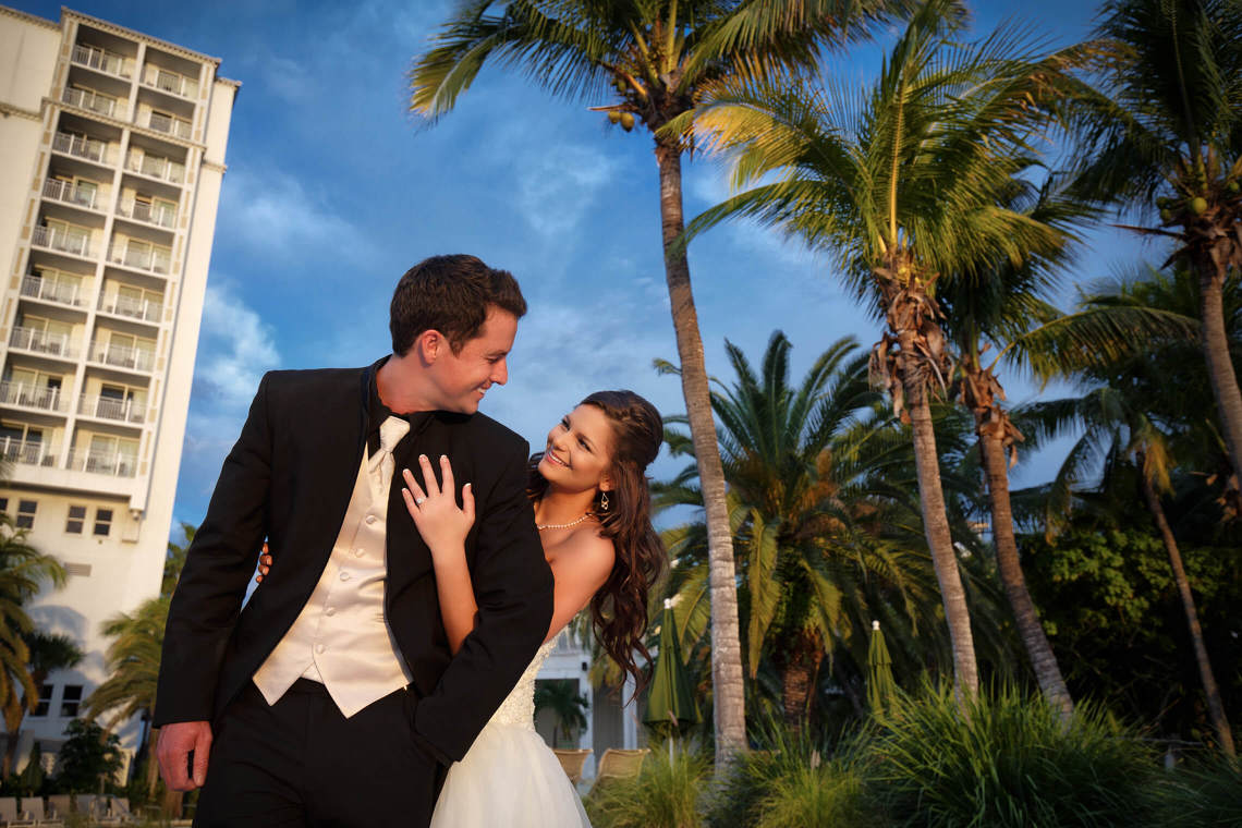 bride and groom naples wedding photographer